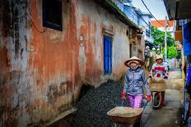 ropa vietnamita