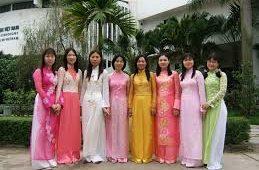 vestido tipico vietnamita