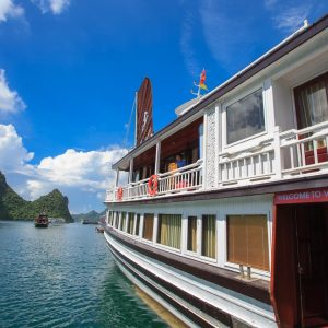 ha long viola cruise